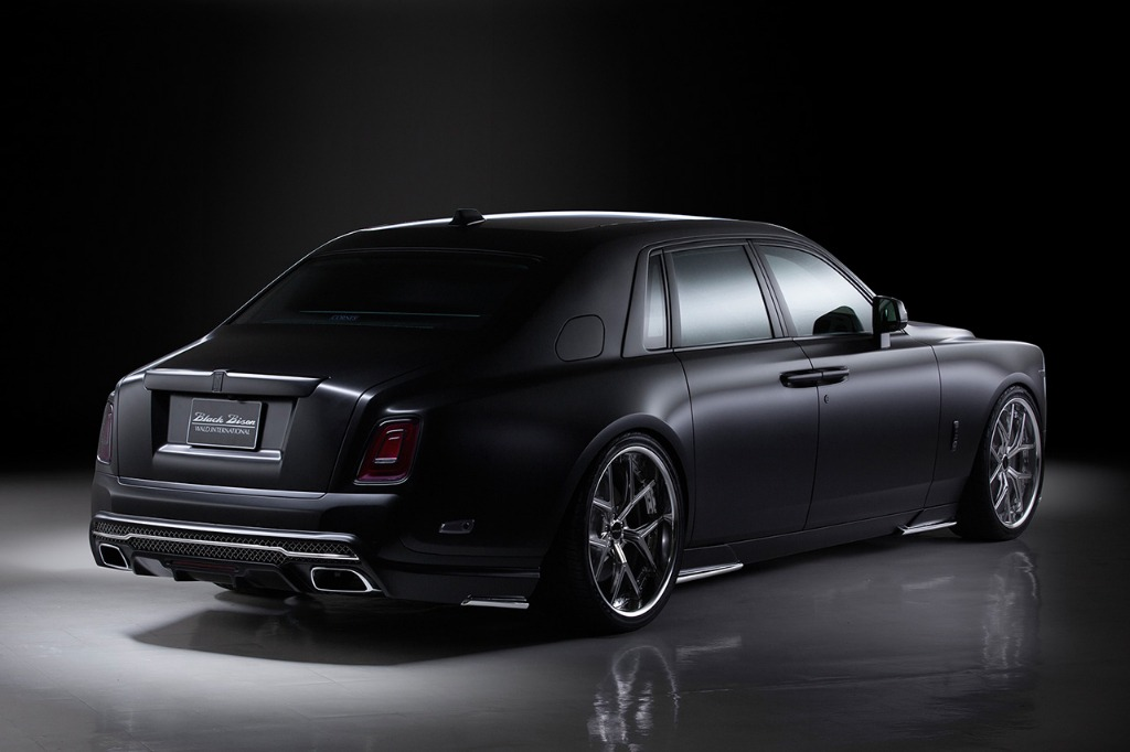 wald rolls royce phantom 8 viii black bison body kit rear bumper side skirt set i13f wheel rim 2018 studio rear angle