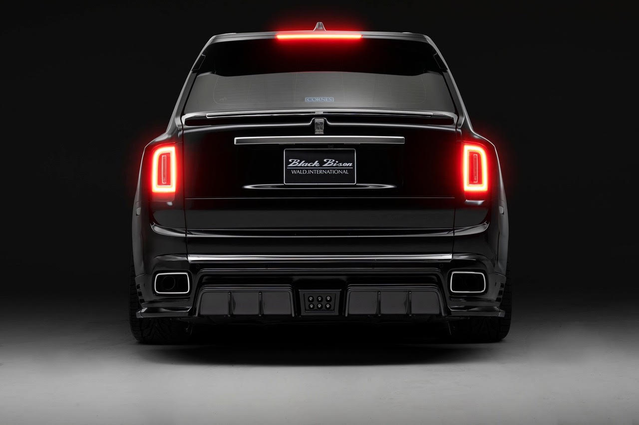 wald-black-bison-rolls-royce-cullinan-body-kit-rear-apron-rear-trunk-spoiler-rear-studio-2019-2020
