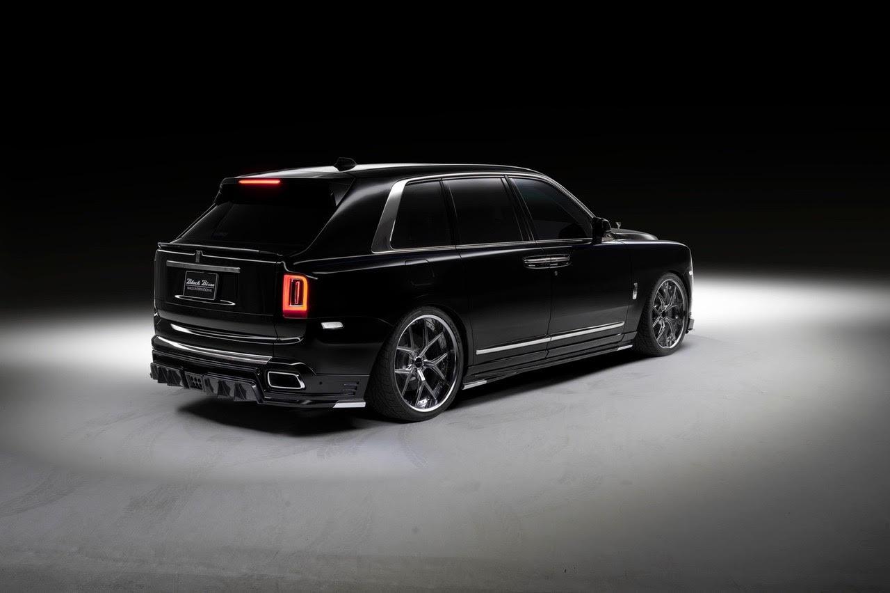 wald-black-bison-rolls-royce-cullinan-body-kit-rear-apron-trunk-spoiler-side-skirt-set-i13f-forged-wheel-rear-angle-studio-2019-2020